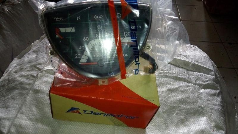 _original_speedometer_kilometer_vespa_excel_.jpg