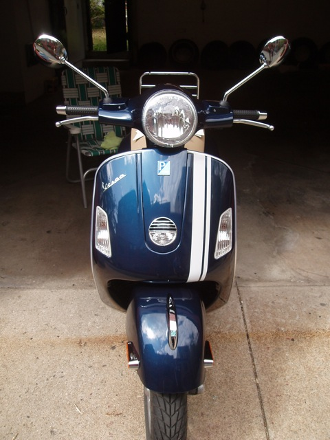 Modern Vespa Gts Reflective Racing Stripes