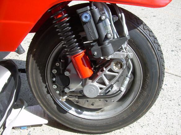 Modern Vespa Fitting A Grimeca Disc Brake To A Px