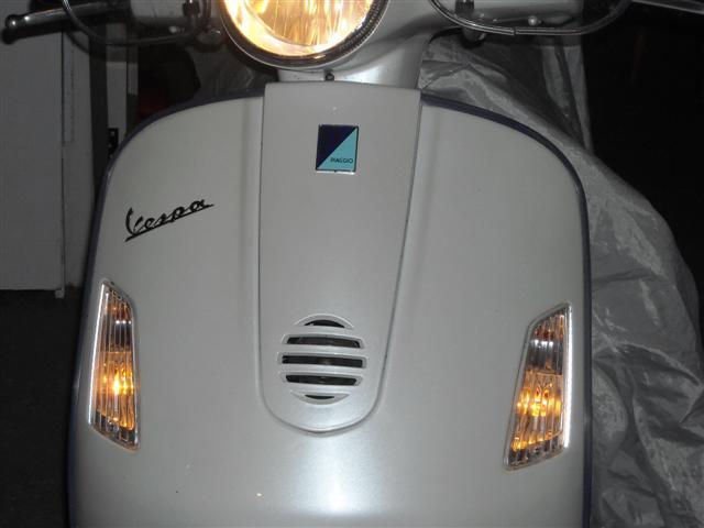 Modern Vespa   Running Lights For The 300