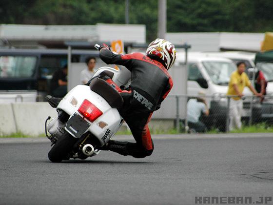 vespa 300 race