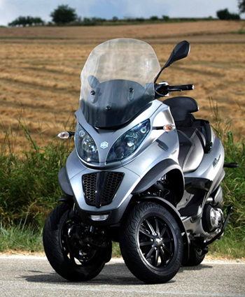 modern vespa piaggio mp3 500ie touring 2012 and piaggio mp3 500ie sport. Black Bedroom Furniture Sets. Home Design Ideas