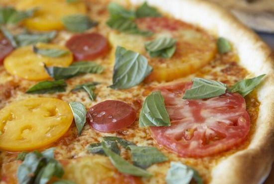 pagliacci-pizza-pagliaccipizza-0183_28_550x370.jpg