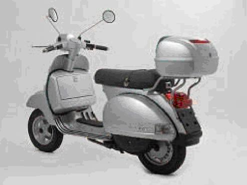 modern vespa installing givi top case on new px 150. Black Bedroom Furniture Sets. Home Design Ideas