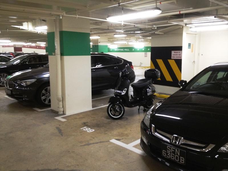 Parking_resized.JPG