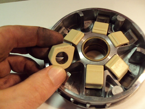 Performance modification for your SYM (Pulley, CDI, Block Racing, Polished block) V1 - Page 7 Dr_pulley_1_292
